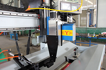 Electric cross slide for Automatic Longitudinal Seam Welder