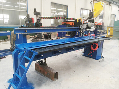 automatic longitudinal seam welder