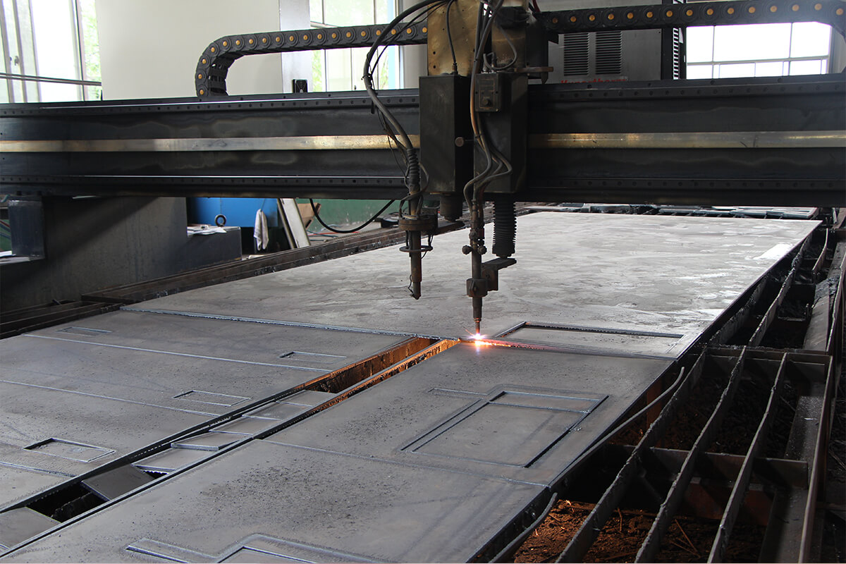 Choose appropriate cutting parameters and cutting process