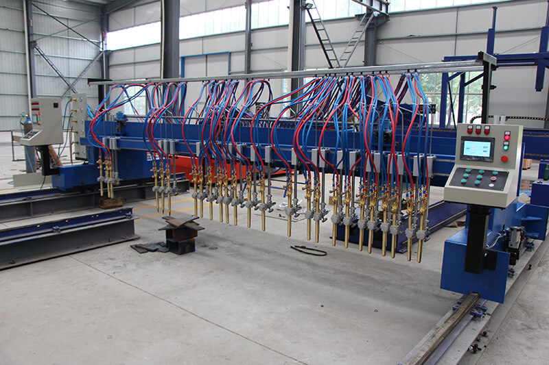flame straight cutting machine